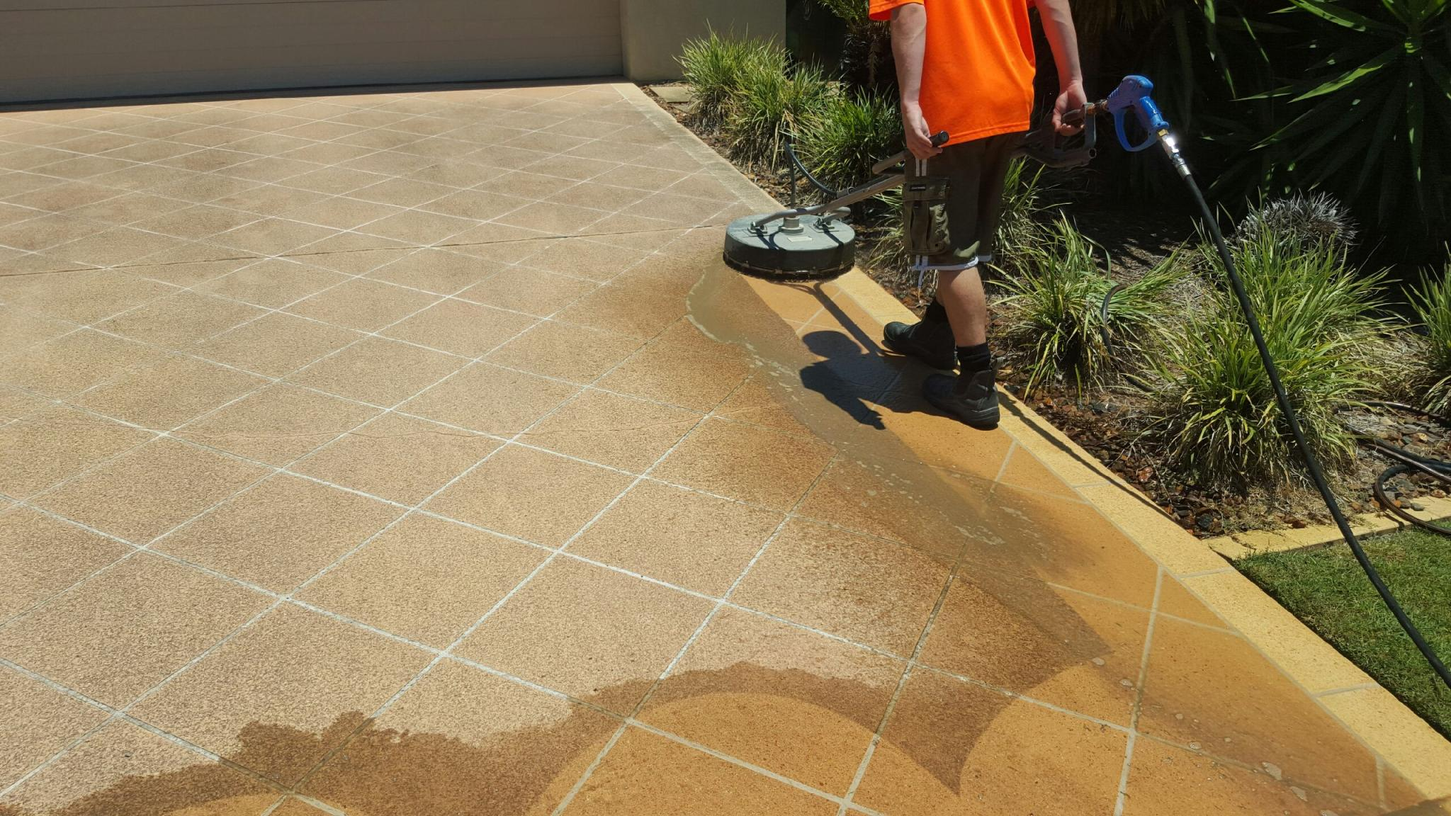 Concrete cleaning gold coast concrete cleaners for Concrete surface cleaner